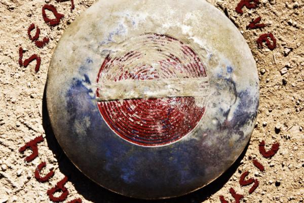 "Seasick Steve Releases ""Hubcap Music"", Featuring John Paul Jones"