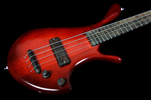 Bass of the Week: Becker/Martian Basses Mantis 4-String