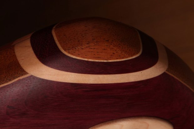 Zoov Guitars Classic 5 Bass - edge detail