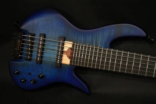 Bass of the Week: Omy Guitars CM6 Headless