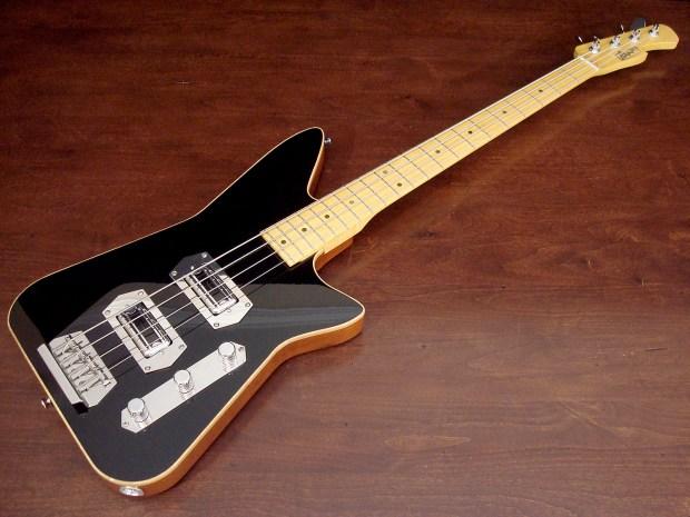 Lowe Custom Guitars Chromasonic 4-String Bass