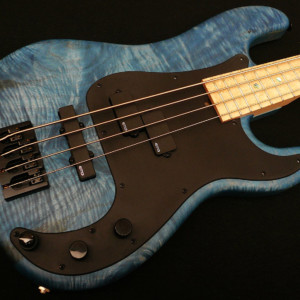 Bass of the Week: Soame Custom Guitars PJ435