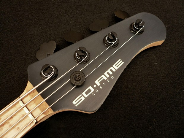 Soame Custom Guitars PJ435 Bass Headstock