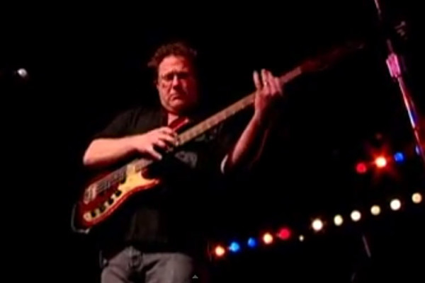 Stu Hamm: Star Spangled Banner Solo Bass Performance