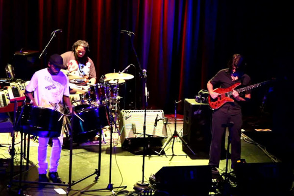 Jonathan Scales Fourchestra: Lone Wolf