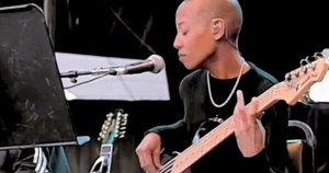 "Acoustic David Bowie with Gail Ann Dorsey: ""Heroes"" (Live)"