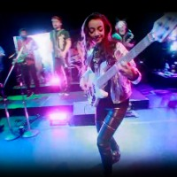 Alissia Benveniste: Get Down