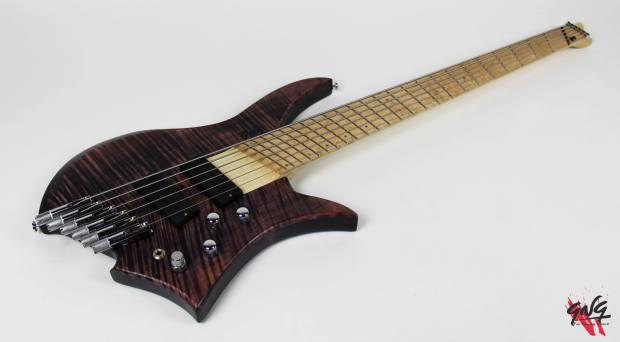 Negrini Guitars Fëanor JMS6 Full Angle Right