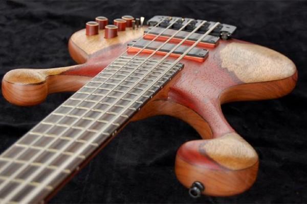 Bass of the Week: Adamovic Basses SuperNova 5