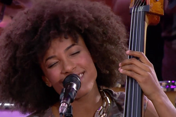 Esperanza Spalding: Smile Like That (Live)