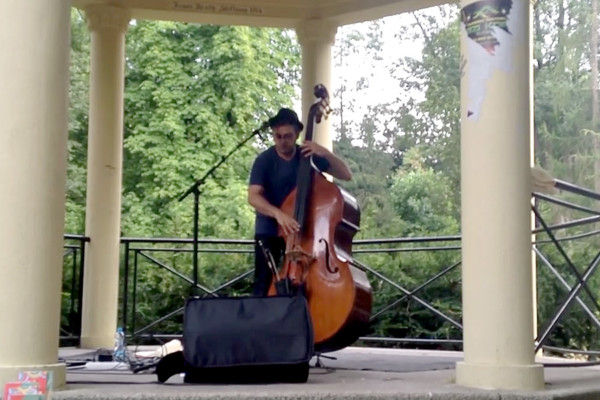 Adam Ben Ezra: Solo – Live in The Park