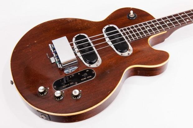 1969 Les Paul Bass body closeup