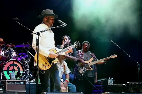 "Ben Harper & The Innocent Criminals: ""Steal My Kisses"" Live at Red Rocks"