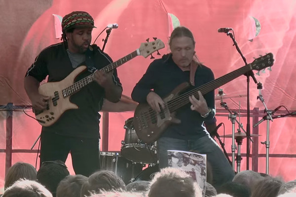 Victor Wooten, Steve Bailey & Derico Watson: Bass Extremes