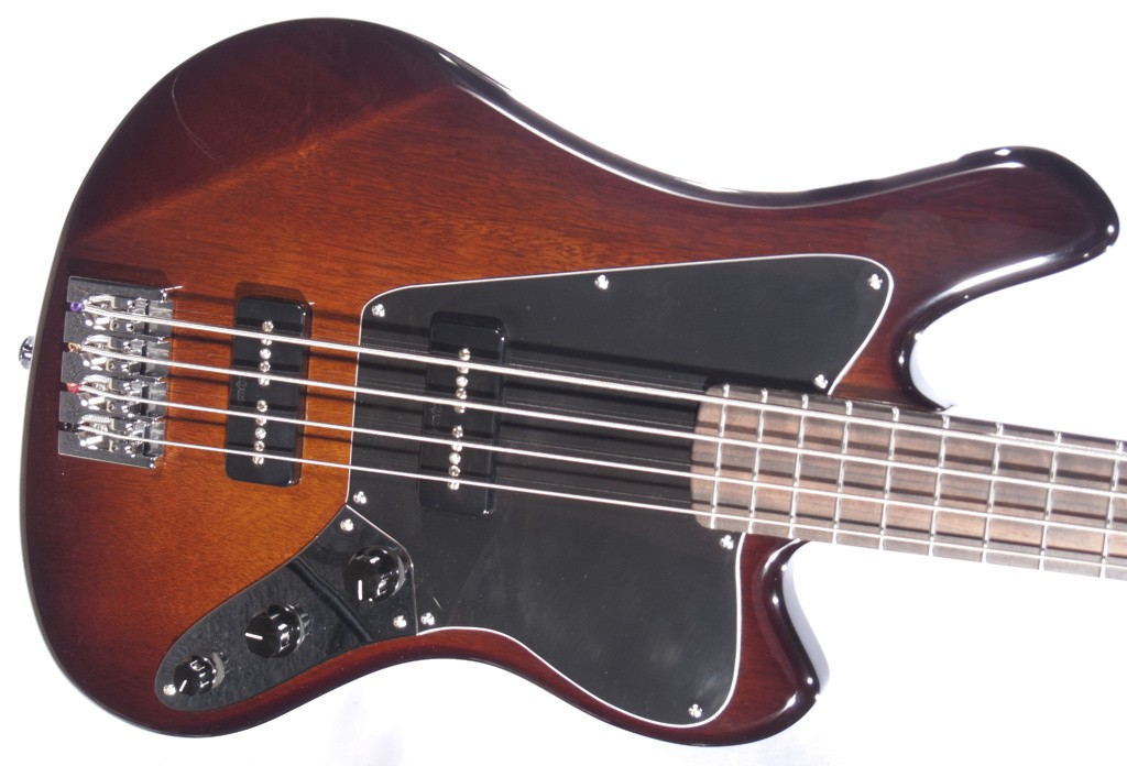 bass of the week lambdin guitars 35 scale four string no treble. Black Bedroom Furniture Sets. Home Design Ideas