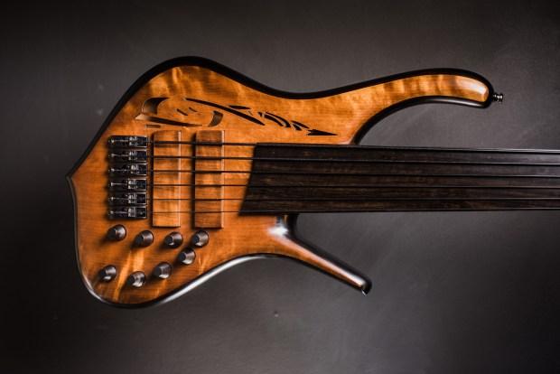 Tuli Bass 5-2