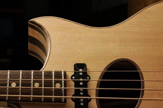 Gillett Guitars Contour Bass Lower Bout