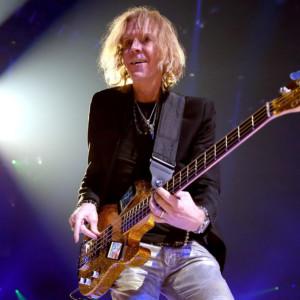 Tom Hamilton Joins Thin Lizzy