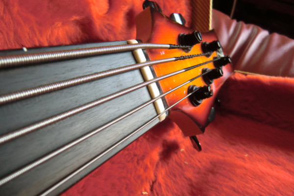 Getting Better Intonation on a Fretless Bass