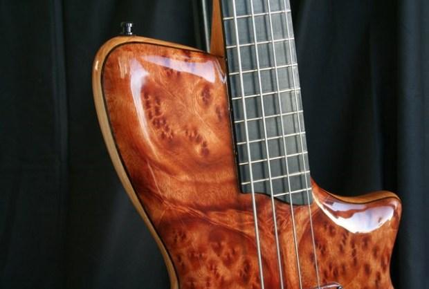 AJR Guitars Singlecut Bass Top Horn