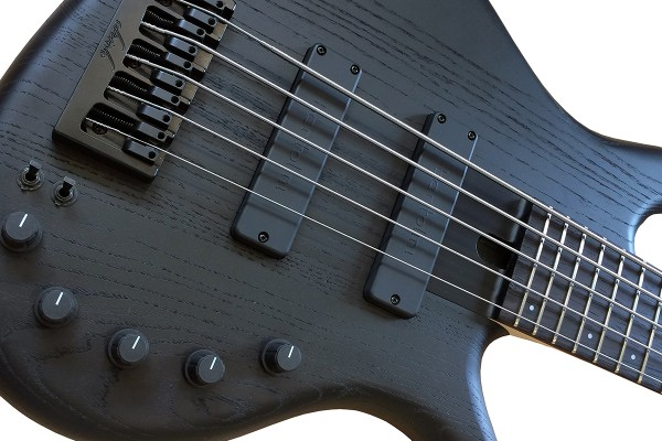 Elrick Introduces Satin Matte Black for Expat e-volution Basses