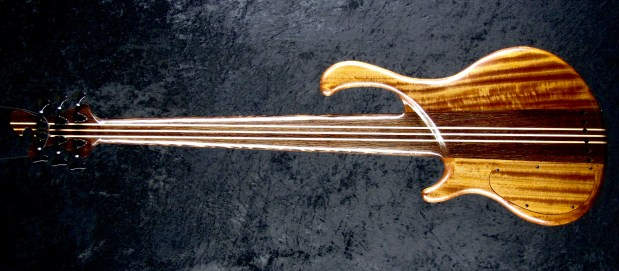 LedBelli Bass Guitars Majestic Bass Back