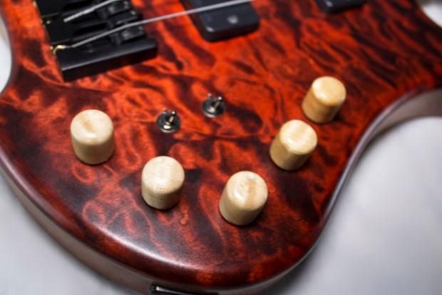 39 Custom Guitars CK Canorous Bass Controls