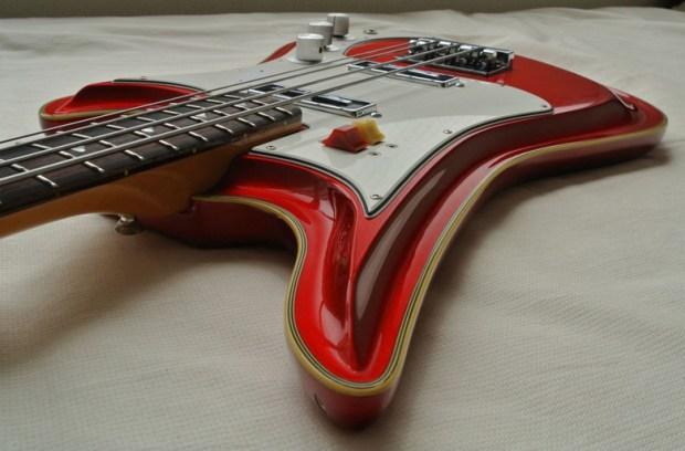 Eastwood Teisco Spectrum 5 Bass Perspective 2