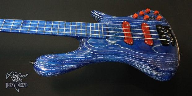 "Jerzy Drozd Soul IV ""Matisse"" Bass Cobalt Blue Angle"