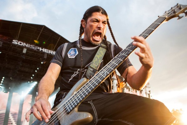 "Robert Trujillo Talks on Learning Metallica's ""…And Justice For All"" Songs"