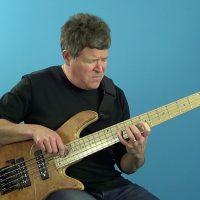 Advanced Bass: Displacing Walking Bass Lines
