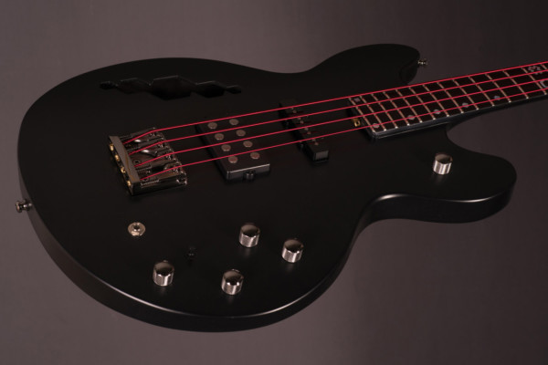 Bass of the Week: BNJ Guitars Hex 4