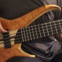 Stuart Clayton: Giants of Bass – Stuart Zender