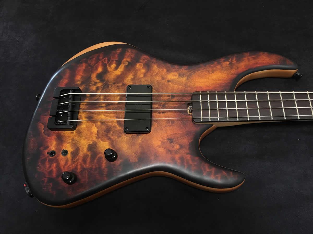 AC Guitars RetroB Bass 1-pickup Body 2