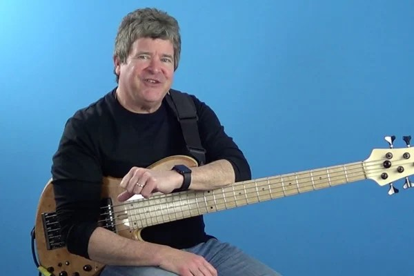 Advanced Bass: Giant Steps Plays the Blues