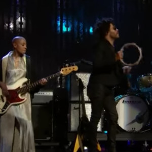 Lenny Kravitz with Gail Ann Dorsey: Prince Tribute