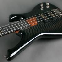 Bass of the Week: GV Guitars NeoFang Steambass