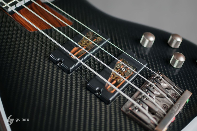 GV Guitars NeoFang Steambass Pickups