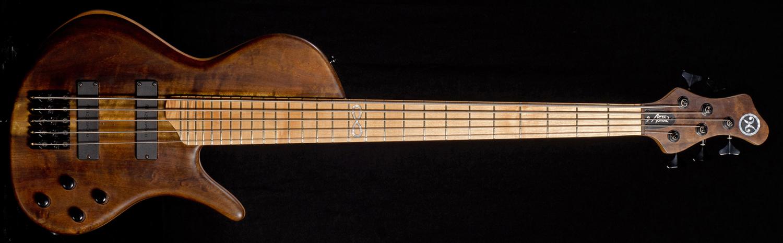 Hernan Gordon Astor Bass (front)