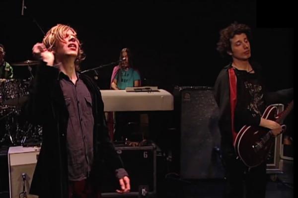 Beck: Debra, Live (1999)