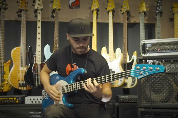 Miki Santamaria: Extreme Slap Bass Solo – Vol 2