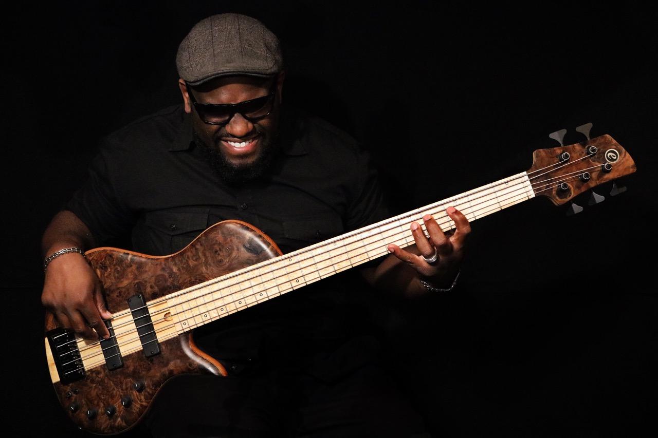 Elrick Guitars Platinum Series e-volution DBS Daric Bennnett Signature Bass