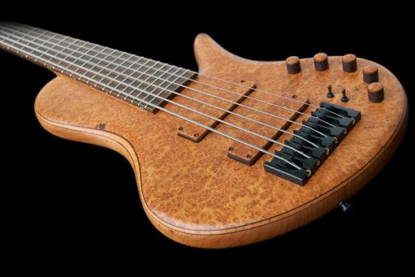 Bass of the Week: Adamovic Private Collection King Solomon Bass