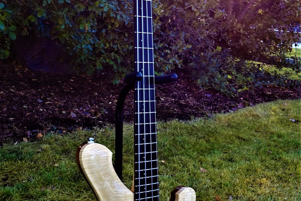 bass of the week r low vaughn 34 scale four string no treble. Black Bedroom Furniture Sets. Home Design Ideas