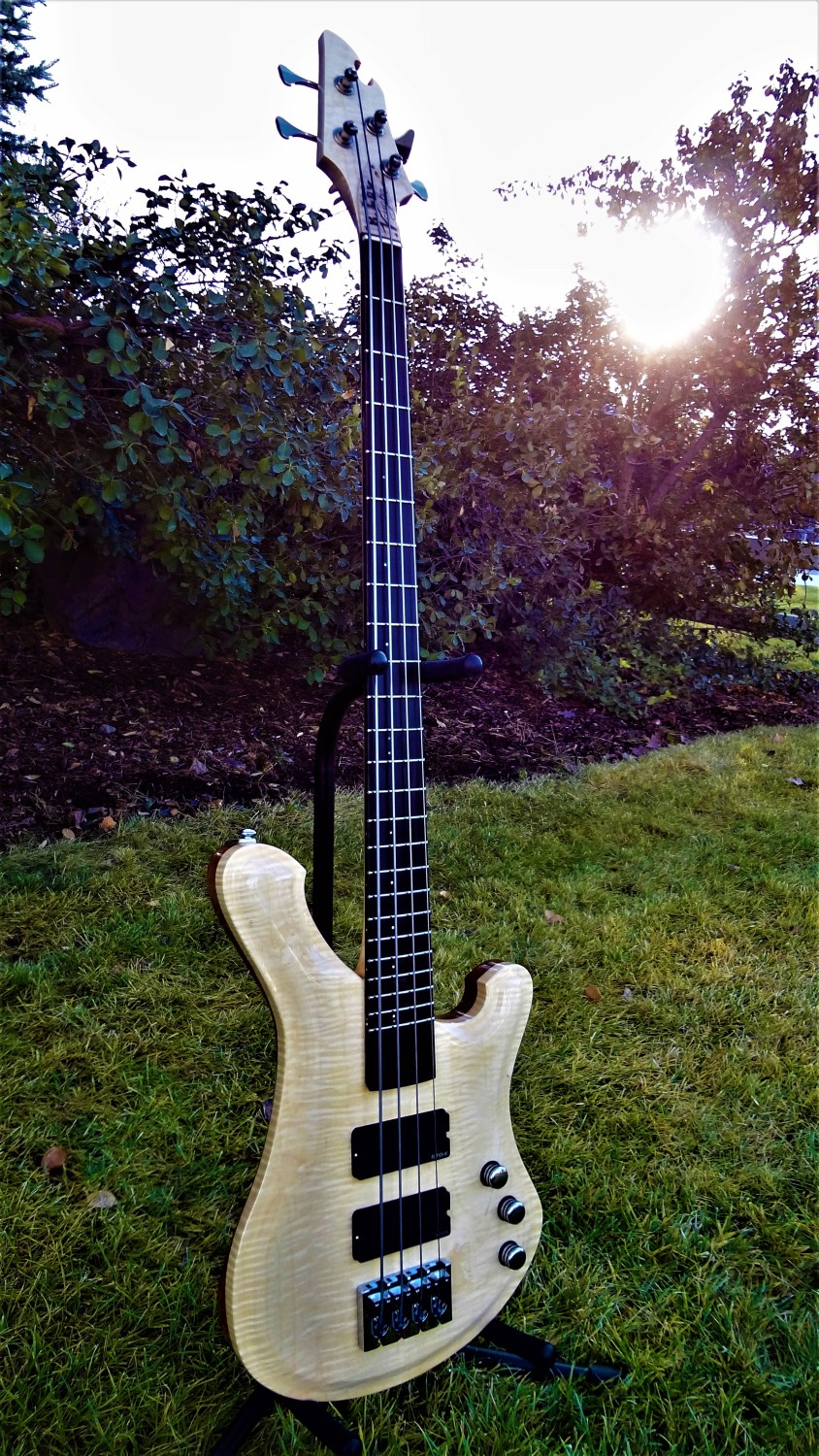 R. Low. Vaughn 34 Scale Four-String Bass