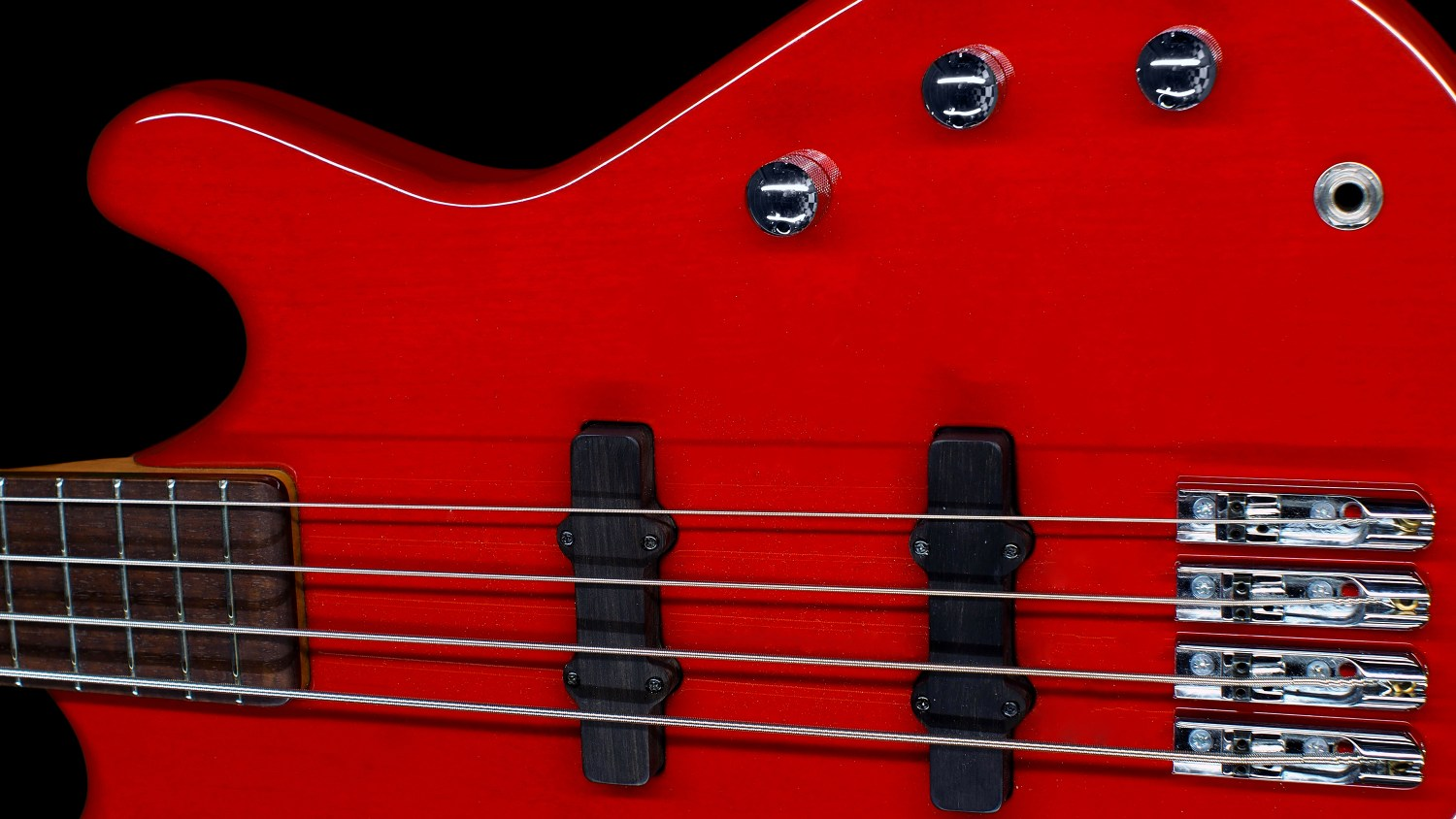 Roks Instruments Nardis Bass Delta Red Trans Body Angle