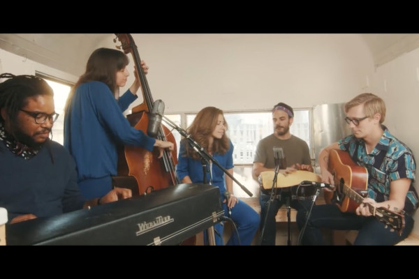 Lake Street Dive: Hang On (Live)