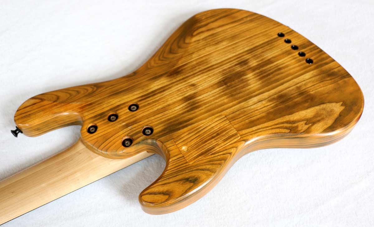 Devon Bass J5 Classic Fretless Bass Back of Body