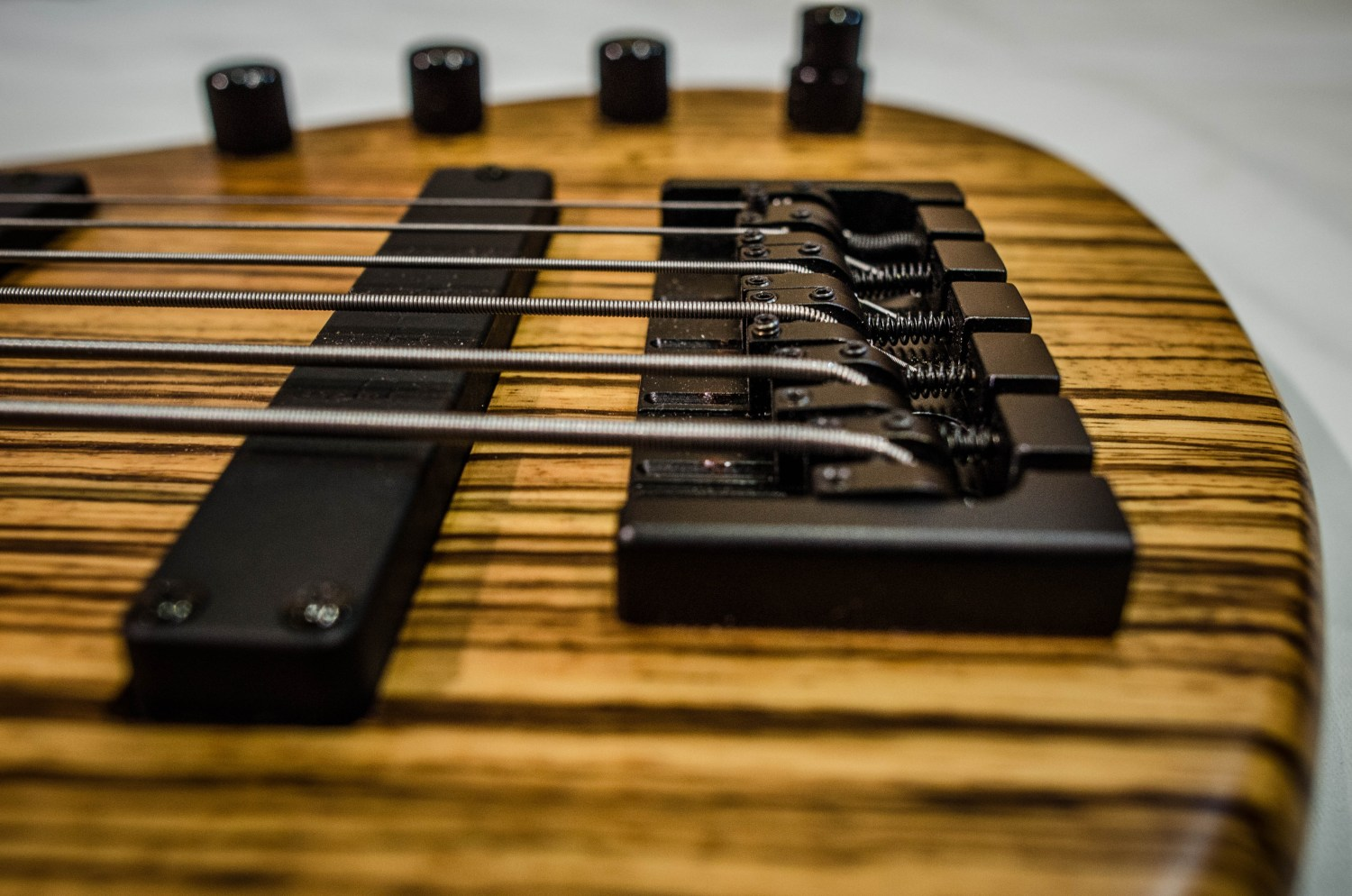 Emiliano Bernal Burzaco Series BS0001 Bass Bridge 2