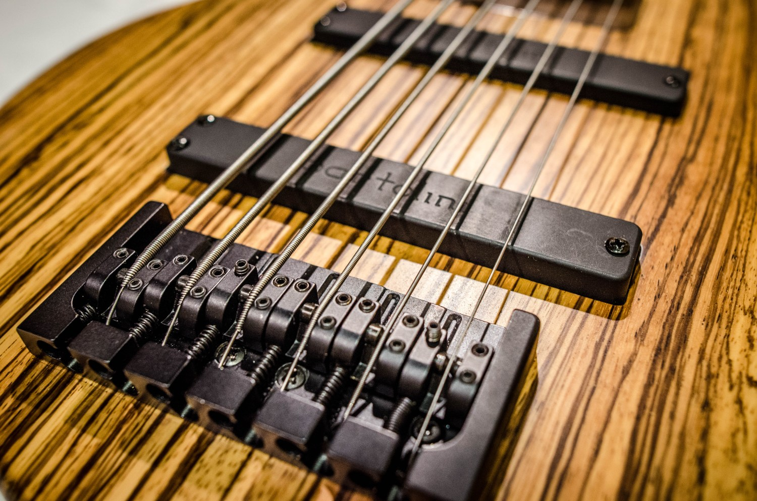 Emiliano Bernal Burzaco Series BS0001 Bass Bridge